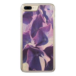 青いアジサイの花は写真の上で閉まります CARVED iPhone 8 PLUS/7 PLUS ケース