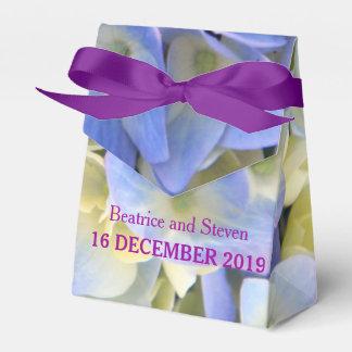 青いアジサイの花びらの結婚式の引き出物箱 フェイバーボックス
