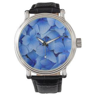 青いアジサイの花 腕時計