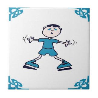 青いオランダの男の子はアイススケートします タイル