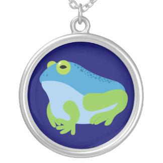 青いカエル シルバープレートネックレス
