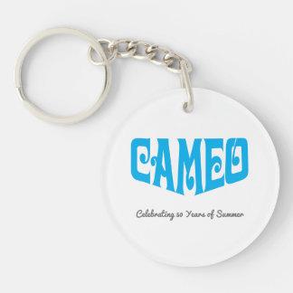 青いカメオのロゴの円のキーホルダー キーホルダー