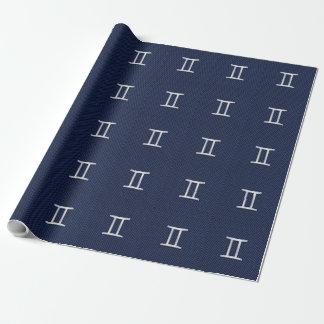 青いカーボン繊維のスタイルのジェミニ(占星術の)十二宮図の印 ラッピングペーパー