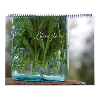 青いガラスカレンダー カレンダー
