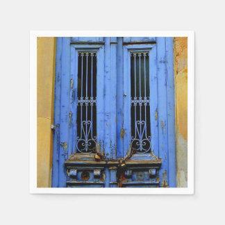 青いギリシャのドアのナプキン スタンダードカクテルナプキン