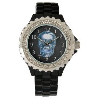 青いクロムスカルの腕時計 腕時計