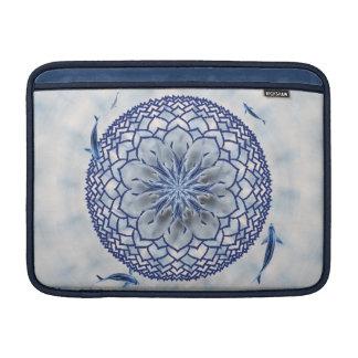 青いコイのはす曼荼羅のMacBookの柔らかい袖 MacBook スリーブ