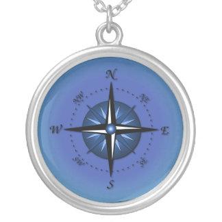 青いコンパス面図 シルバープレートネックレス