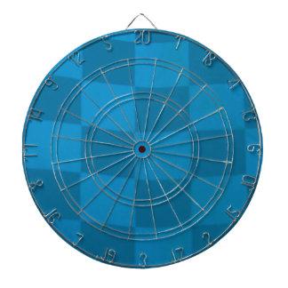 青いチェック模様の旗 ダーツボード