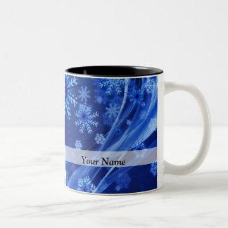 青いデジタル雪片パターン ツートーンマグカップ