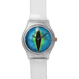 青いドラゴンの目 腕時計