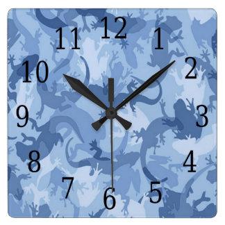 青いハ虫類のカムフラージュの正方形の時計 スクエア壁時計