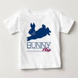 青いバニーのホツプ ベビーTシャツ