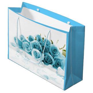 青いバラの花束のバレンタイン ラージペーパーバッグ