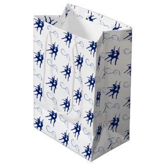 青いバレエダンサーパターン ミディアムペーパーバッグ