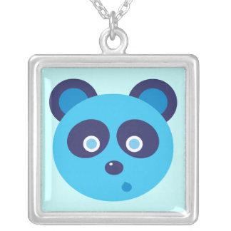 青いパンダ シルバープレートネックレス