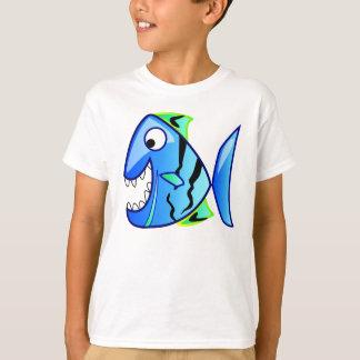 青いピラニアの魚の漫画 Tシャツ