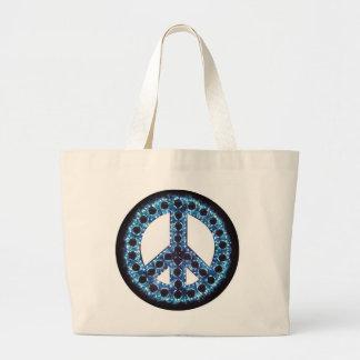 青いピースサインのバッグ ラージトートバッグ