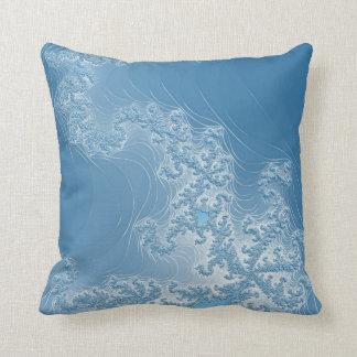 青いフラクタルの夢みる人の枕 クッション