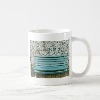 青いベンチ コーヒーマグカップ