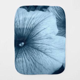 青いペチュニア バープクロス
