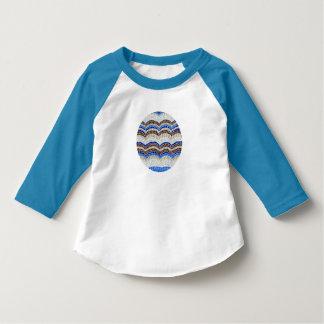 青いモザイク幼児のRaglanのTシャツ Tシャツ