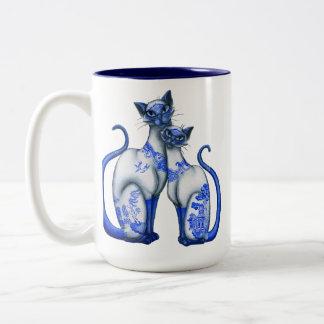 青いヤナギのシャム猫 ツートーンマグカップ