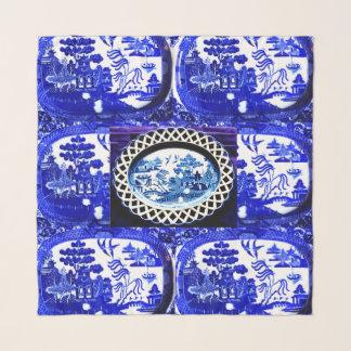 青いヤナギの大きいスカーフは版に穴を開けました スカーフ