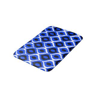 青いレトロの幾何学的なイカットの種族のプリントパターン バスマット