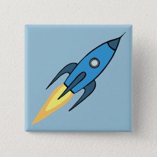 青いレトロのRocketshipのかわいい漫画のデザイン 5.1cm 正方形バッジ