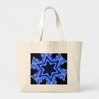 青いレーザーの雪片 ラージトートバッグ