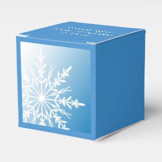 青い冬の結婚式の白い雪片 フェイバーボックス