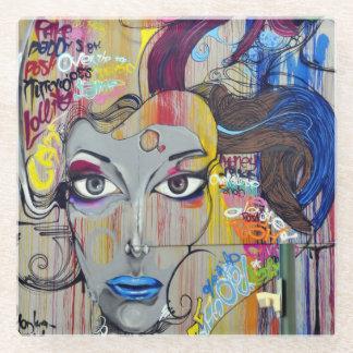 青い唇の落書きを持つ美しい女性 ガラスコースター