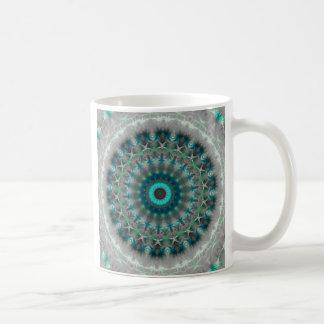 青い地球の曼荼羅の万華鏡のように千変万化するパターンパターン コーヒーマグカップ