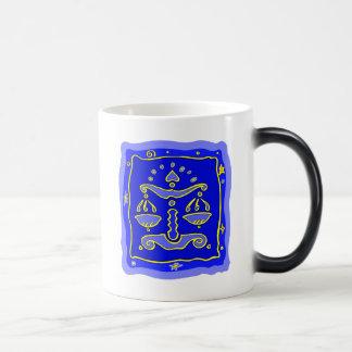 青い天秤座 マジックマグカップ