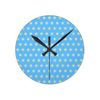 青い子供部屋の子供の部屋の黄色い星 ラウンド壁時計