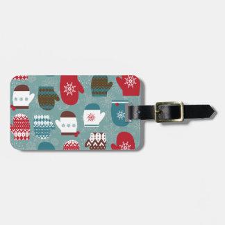 青い居心地のよい冬のクリスマスのミトン ラゲッジタグ