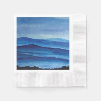 青い山の水彩画の芸術の景色 縁ありカクテルナプキン