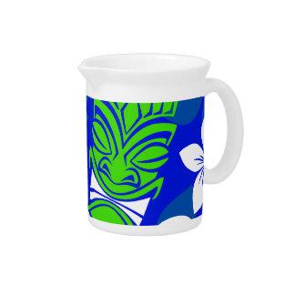 青い島の花のTikiのマスク ピッチャー
