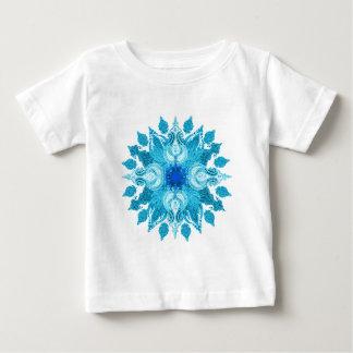 青い水のペイズリーの太陽の曼荼羅 ベビーTシャツ