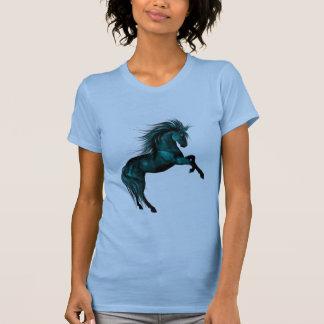 青い氷。 ファンタジーの馬 Tシャツ