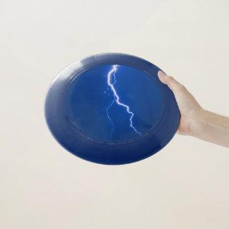 青い照明のボルトフリズビー Wham-Oフリスビー