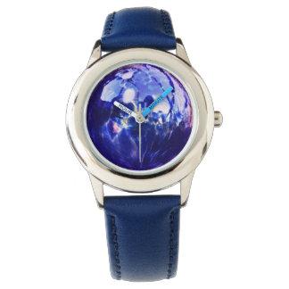 青い球体 腕時計
