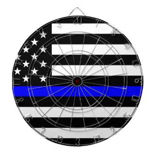 青い生命問題-米国の旗の警察はブルーラインを薄くします ダーツボード