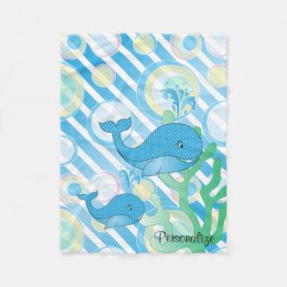 青い男の赤ちゃんのクジラ フリースブランケット