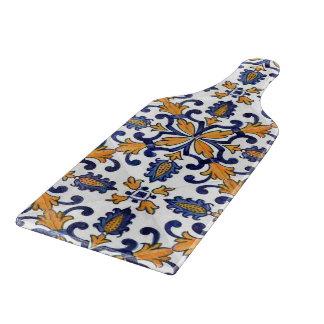 青い白および金ゴールドの花柄パターン カッティングボード