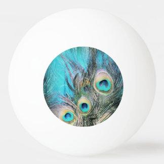 青い目 卓球ボール