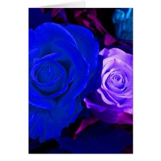 青い紫色のバラ グリーティングカード
