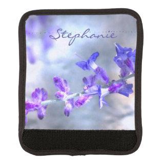青い紫色の庭によってはラゲージハンドルラップが開花します ラゲッジ ハンドルラップ
