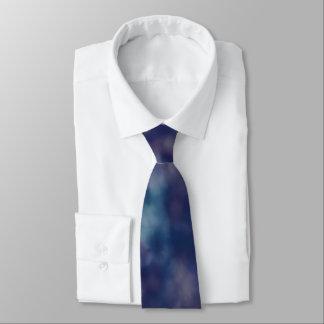 青い紫色の粋でユニークでクールな上品 ネクタイ